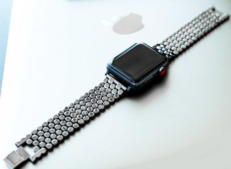 curea zale hexagonale apple watch